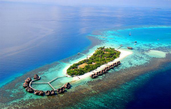 Mirihi Island Resort Facebook